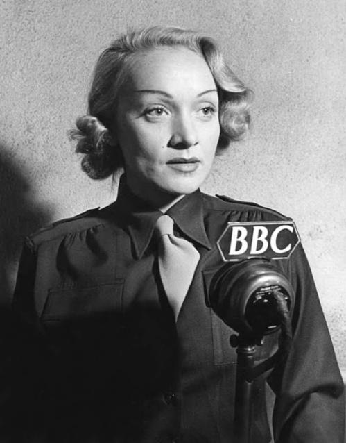 Marlene Dietrich 1944