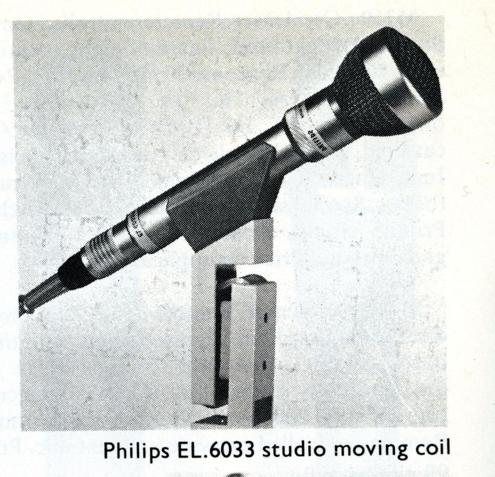 Philips EL6033/10 Dual pattern (Omni-Cardioid) Dynamic Microphone (circa 1966) (3/4)
