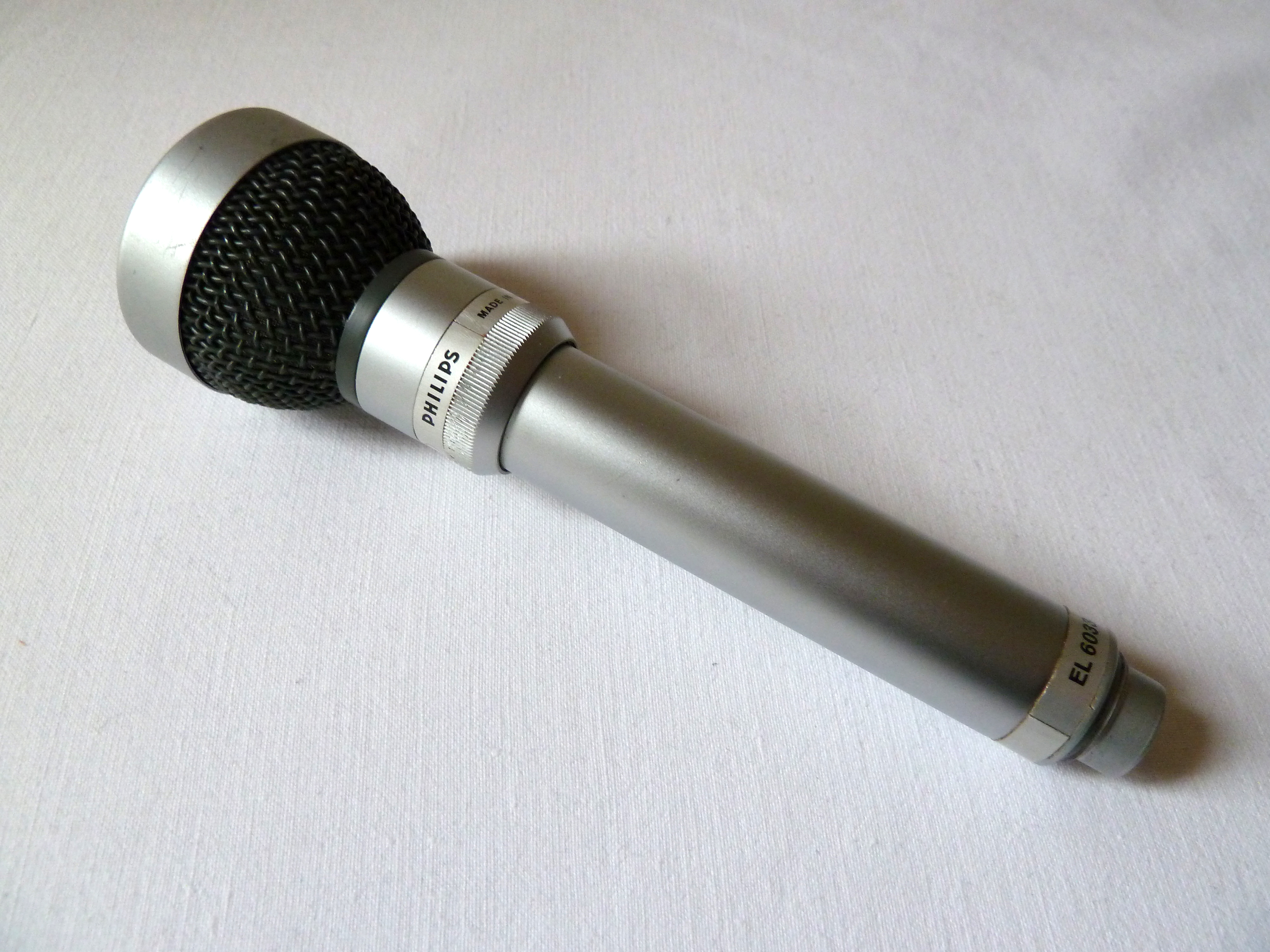 philips el6033 10 dual pattern omni cardioid dynamic microphone circa 1966 martin mitchell. Black Bedroom Furniture Sets. Home Design Ideas