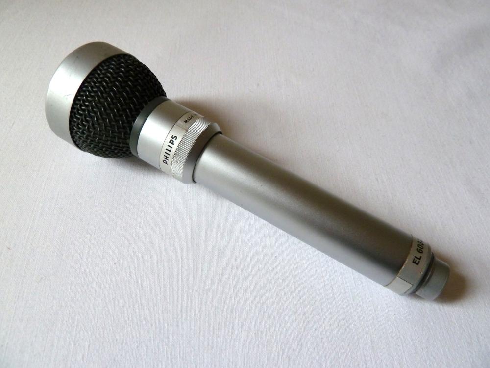 Philips EL6033/10 Dual pattern (Omni-Cardioid) Dynamic Microphone (circa 1966) (1/4)